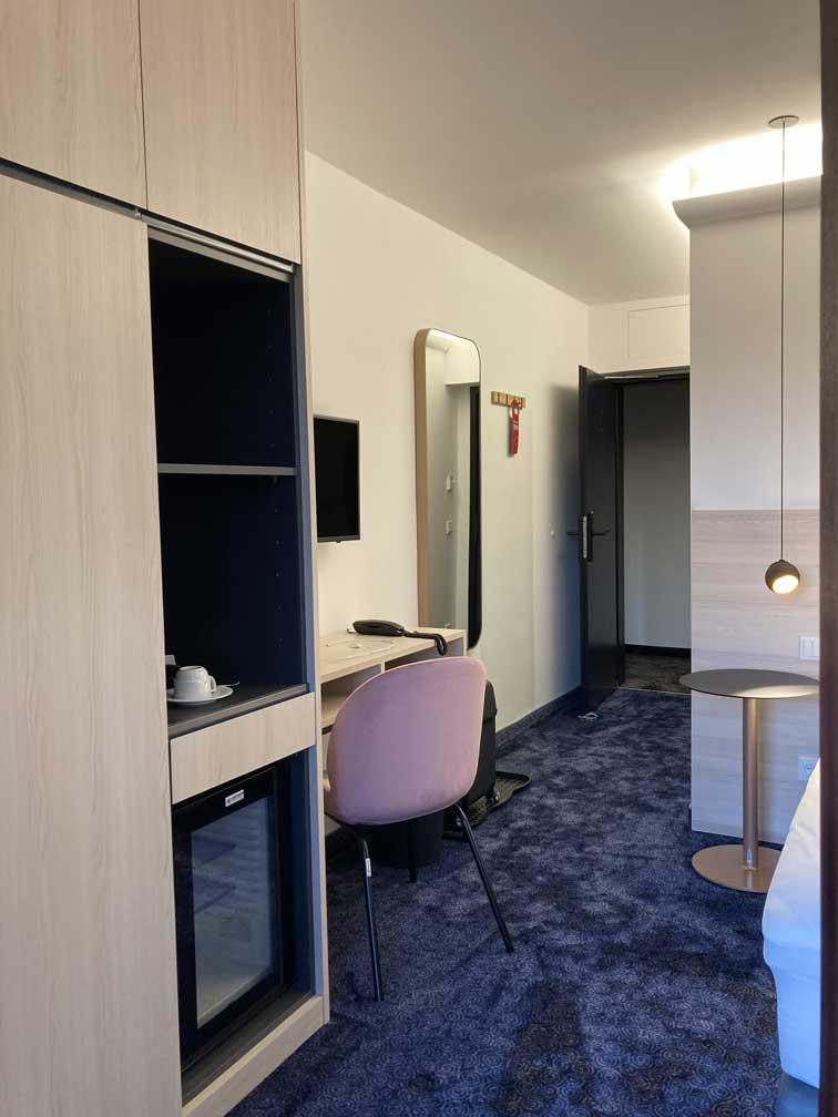 Hoteleinrichtung-6
